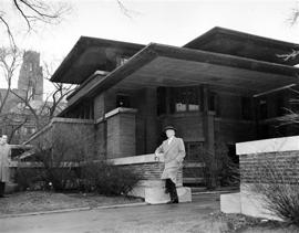 Frank Lloyd Wright archives moving to NYC