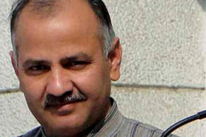 Congress threatens to snap power to Sisodia's house
