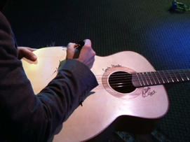 Globe-Trotting Guitar Project Comes to Detroit: Globe-trotting guitar project comes to Motown
