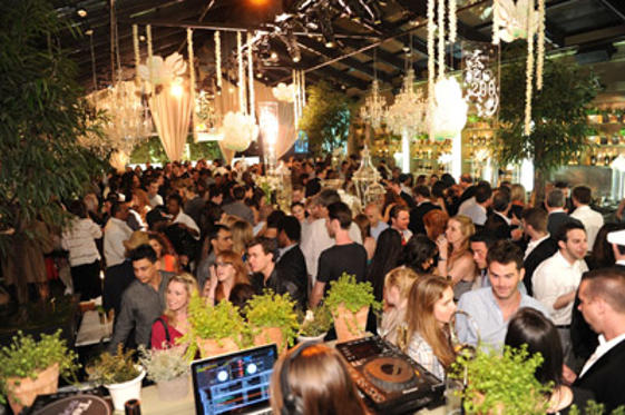 "Slide 1 of 23: General view of atmosphere at the Perrier-Jouet 200th Anniversary Party hosted by <a href=/celebrities/celebrity/susan-sarandon/ type=""Msn.Entertain.Server.WebControls.LinkableMoviePerson"" Arg=""232352"" LinkType=""Page"">Susan Sarandon</a> and <a href=/celebrities/celebrity/eva-amurri/ type=""Msn.Entertain.Server.WebControls.LinkableMoviePerson"" Arg=""466939"" LinkType=""Page"">Eva Amurri</a> at the Mondrian Soho on June 2, 2011 in <a href=/movies/movie/new-york.4/ type=""Msn.Entertain.Server.WebControls.LinkableMovie"" Arg=""2268226"" LinkType=""Page"">New York</a> City."