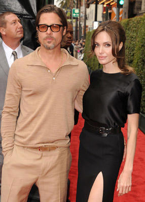 "Slide 1 of 238: <a href=/celebrities/celebrity/brad-pitt/ type=""Msn.Entertain.Server.WebControls.LinkableMoviePerson"" Arg=""79296"" LinkType=""Page"">Brad Pitt</a> and <a href=/celebrities/celebrity/angelina-jolie/ type=""Msn.Entertain.Server.WebControls.LinkableMoviePerson"" Arg=""362166"" LinkType=""Page"">Angelina Jolie</a> attends the <a href=/movies/movie/los-angeles.2/ type=""Msn.Entertain.Server.WebControls.LinkableMovie"" Arg=""2296667"" LinkType=""Page"">Los Angeles</a> premiere of ""<a href=/movies/movie/kung-fu-panda-2/ type=""Msn.Entertain.Server.WebControls.LinkableMovie"" Arg=""2256710"" LinkType=""Page"">Kung Fu Panda 2</a>"" at Grauman's Chinese Theatre on May 22, 2011 in Hollywood, California. at the <a href=/movies/movie/kung-fu-panda-2/ type=""Msn.Entertain.Server.WebControls.LinkableMovie"" Arg=""2256710"" LinkType=""Page"">Kung Fu Panda 2</a> premiere in Hollywood on May 21, 2011"