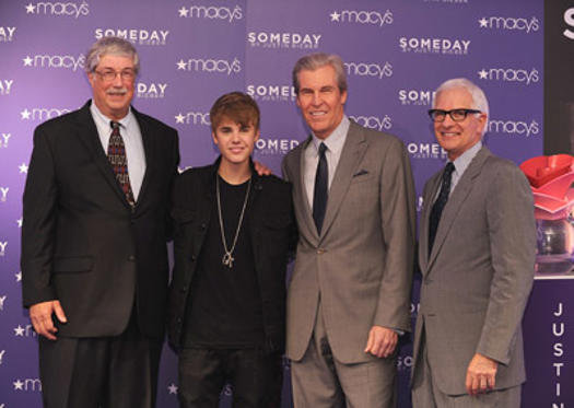 "Slide 1 of 32: Paul West, <a href=/celebrities/celebrity/justin-bieber/ type=""Msn.Entertain.Server.WebControls.LinkableMoviePerson"" Arg=""1870169"" LinkType=""Page"">Justin Bieber</a>, Terry Lundgren and Robert Hollander attend a public appearance by Justin Beieber at Macy's Herald Square on June 23, 2011 in <a href=/movies/movie/new-york.4/ type=""Msn.Entertain.Server.WebControls.LinkableMovie"" Arg=""2268226"" LinkType=""Page"">New York</a> City."