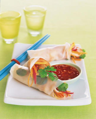 Photo: Seafood spring rolls