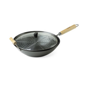 Photo: Wok - A wok with a rack and a glass lid makes an ideal instant hot smoker.