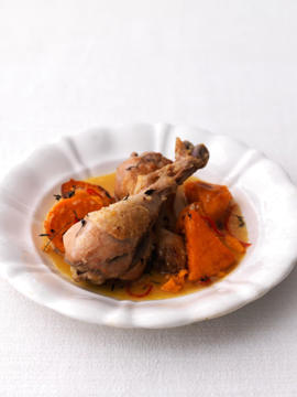 Photo: Chicken drumsticks are more fatty than breasts, and have darker meat. They are ideal for roasting, barbecuing, and for use in slow-cooked stews and casseroles.