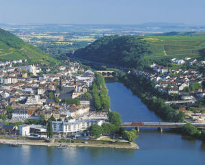 Photo: Bingen, located at the confluence of the Nahe and Rhein rivers