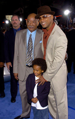 "Slide 1 of 117: Willard Smith Sr., <a href=/celebs/celeb.aspx?c=43640 Arg=""43640"" type=""Msn.Entertain.Server.LinkableMoviePerson"" LinkType=""Page"">Will Smith</a> and son Jaden Smith"