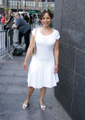Slide 1 of 4: Rosie Perez