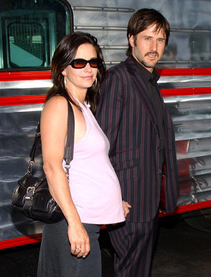 "Slide 1 of 36: Courteney Cox and <a href=/celebs/celeb.aspx?c=237057 Arg=""237057"" type=""Msn.Entertain.Server.LinkableMoviePerson"" LinkType=""Page"">David Arquette</a>"