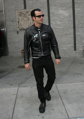 Slide 1 of 67: Justin Theroux at the Stage Beauty premiere in New York City on May 08, 2004