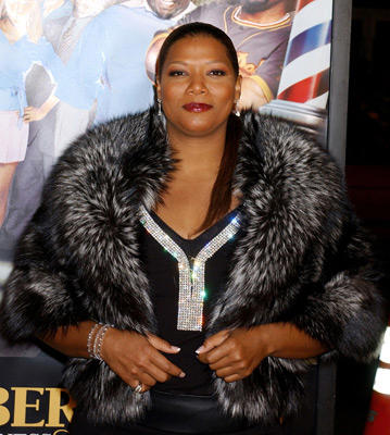 "Slide 1 of 127: <a href=/celebs/celeb.aspx?c=61272 Arg=""61272"" type=""Msn.Entertain.Server.LinkableMoviePerson"" LinkType=""Page"">Queen Latifah</a> at the <a href=/movies/movie.aspx?m=537278 Arg=""537278"" type=""Msn.Entertain.Server.LinkableMovie"" LinkType=""Page"">Barbershop 2</a> premiere in Hollywood on January 20, 2004"