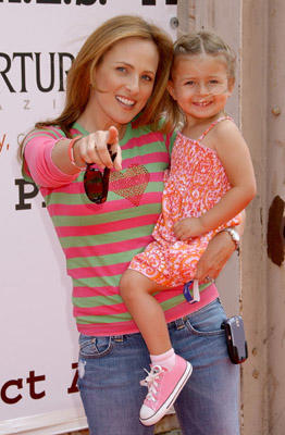 Slide 1 of 23: Marlee Matlin and daughter Isabelle
