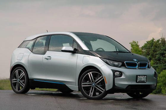 Slide 1 of 18: 2015 BMW i3