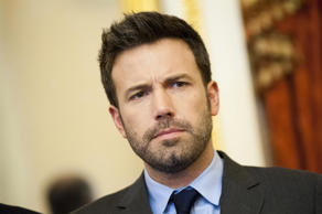 WASHINGTON, DC - DECEMBER 19: Ben Affleck poses for a photo during a meeting with members of the Senate Foreign Relations Committee in the U.S. Capitol on December 19, 2012 in Washington, DC. (Photo by Kris Connor/Getty Images)