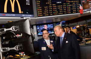 President & CEO of Ronald McDonald House¨ New York, William Sullivan (R) attends Ronald McDonald House New York Rings The NYSE Closing Bell at The New York Stock Exchange on January 23, 2015 in New York City.