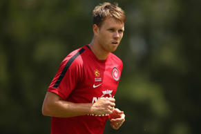 Mullen, 25, who can play various positions across the backline, linked with Adelaide United in 2008 and made more than 50 appearances for the Reds.