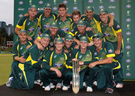 Maxwell helps Australia win tri-series
