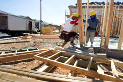 Carpenters frame a home at a residential construction site in the west side of the Las Vegas Valley in Las Vegas, Nevada April 5, 2013. The buying of foreclosed homes and other distressed homes by three big institutional buyers is reshaping the housing market in Las Vegas. REUTERS/Steve Marcus