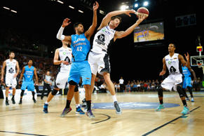 Tai Wesley of the NZ Breaker and Lucas Walker of Melbourne United contest the ball during the round 15 NBL match between the New Zealand Breakers and Melbourne United at Vector Arena on January 18, 2015 in Auckland.