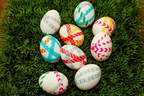 "<p>We know that Easter egg-dyeing is a time honored tradition for those who <a href=""http://www.thedailymeal.com/holiday/celebrate-easter-with-the-daily-meal""><strong>celebrate this holiday</strong></a>. But the days of plopping a food dye tablet into a cup of vinegar and calling it a day are over. Not only can you make your own DIY dye, you can use interesting and unlikely tools to create fascinating works of art on your perfectly hard-boiled eggs. </p>"