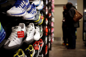 A Foot Locker Inc. store inside the South Park Mall in Strongsville, Ohio. Luke Sharrett/Bloomberg