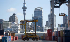 The port occupies 75 hectares of land in downtown Auckland.