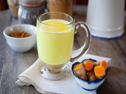 7 reasons to start drinking turmeric milk or haldi doodh