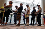 <p>Jobless claims dropped by 8,000 to 287,000 in the week ended Sept. 27, from a revised 295,000 in the prior period, a Labor Department report showed Thursday in Washington.</p>