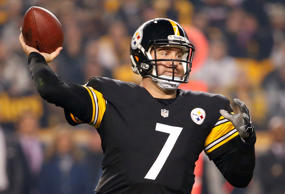 Pittsburgh Steelers quarterback Ben Roethlisberger passes during a game against the Houston Texans on Oct. 20 in Pittsburgh.