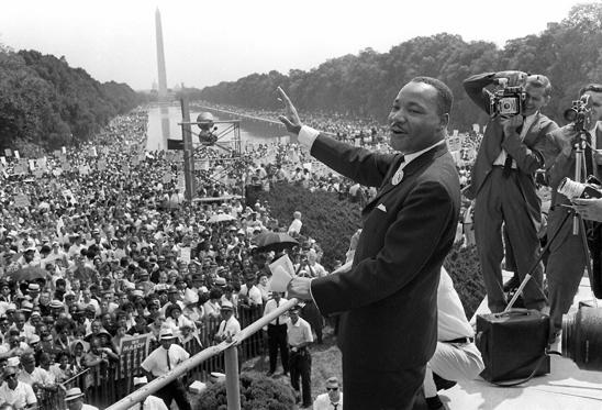 Diapositiva 1 de 6: Luther King en el discurso de Washington