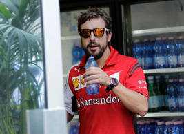 Fernando Alonso excited for future, but won't reveal plan