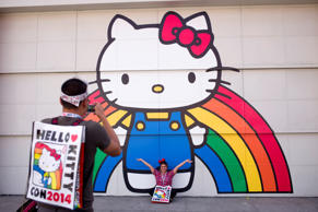 To mark the 40th birthday of Hello Kitty on November 1, 2014, the first-ever Hello Kitty convention is being held at the Geffen Contemporary at MOCA, Los Angeles from October 30 - November 2, 2014.