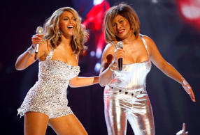 In February 2008, Turner made her public comeback at the Grammy Awards where she performed alongside Beyoncé.