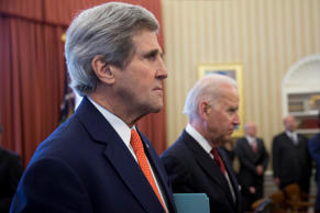 John Kerry, U.S. secretary of state, left, and U.S. Vice President Joseph Joe Biden listen to remarks as U.S. President Barack Obama and Benjamin Netanyahu, Israel's prime minister, meet in the Oval Office of the White House in Washington, D.C., U.S., on March 3, 2014.