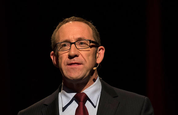 "<span style=""font-size:13px;"">""John Key has served New Zealand generously and with dedication. I wish him and his family the best for the future."" - Labour leader Andrew Little</span>"