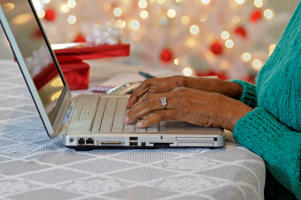 Christmas shopping online. Evelyn Peyton/iStokphoto/Getty Images