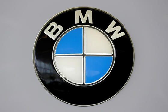 With a history of aviation in the company, the BMW logo was made in a way to justify its roots. The blue and white represent a propeller in motion with the sky peeking through.