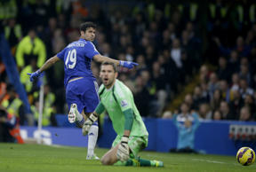 Chelsea extend lead with comfortable victory over Baggies