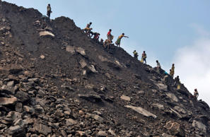 Coal India trade unions call off strike in victory for Modi