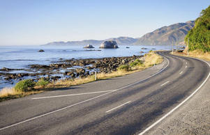 A coastal road in New Zealand by George Clerk. Creative Commons Attribution-ShareAlike Licence