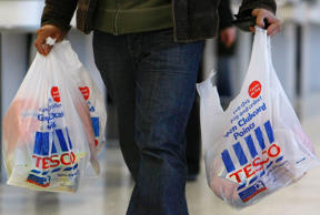 UK retailers embrace 'Black Friday' discounts