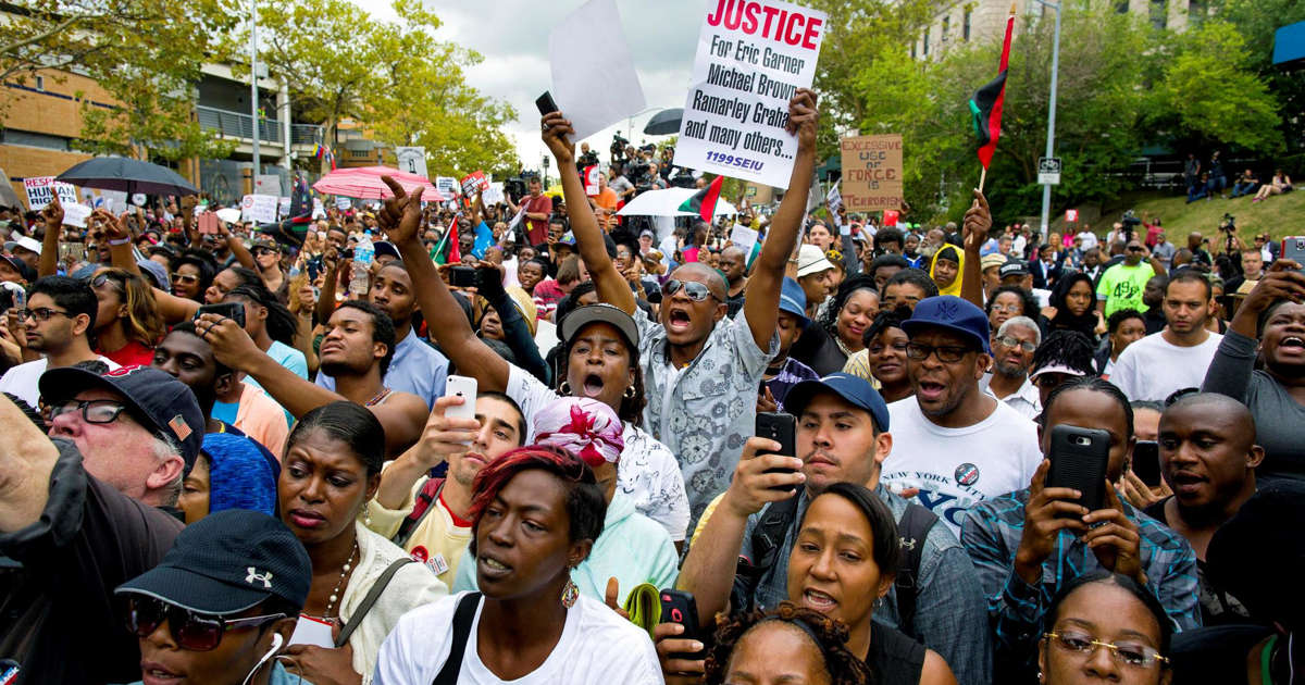 New York brings internal charges against officer in Garner chokehold death