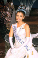 She was crowned as a Miss world in 1994.