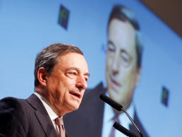 Draghi Starts Squaring QE Circle in Month of Persuasion for ECB