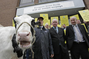 File picture of dairy farmers demonstrating at the EU office in Dublin