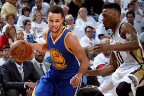 Stephen Curry #30 of the Golden State Warriors drives to the basket against the New Orleans Pelicans during Game Four of the Western Conference Quarterfinals during the 2015 NBA Playoffs on April 25, 2015 at the Smoothie King Center in New Orleans.