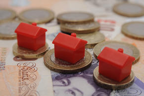 Labour bids to woo first time buyers