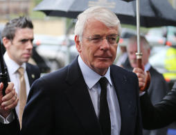 Ed Miliband must formally rule out a Coalition with the Scottish National Party for the sake of the future of the United Kingdom, Sir John Major says