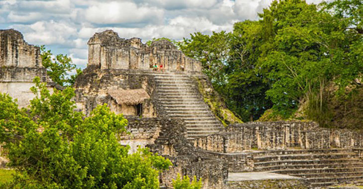 Ancient Mayan pyramid and ruins in Tikal (Shutterstock).