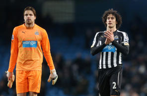 Goalkeeper fumes over Fabricio Coloccini's contribution while head coach admits players may not be listening to the club captain